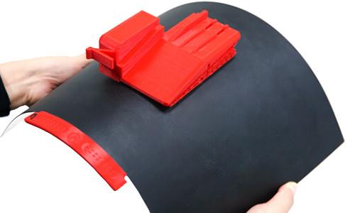 Drukarka 3D Raise3D E2 IDEX z elastyczną płytą montażową